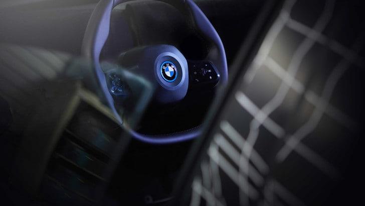 BMW iNext, tutti i segreti del volante