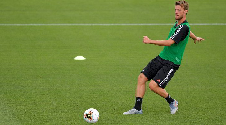 Compleanno Rugani, gli auguri della Juventus