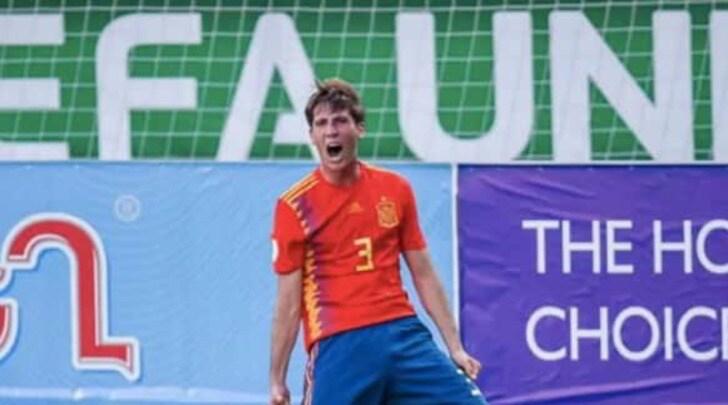 """Sport: """"La Juve vuole Juan Miranda del Barcellona"""""""