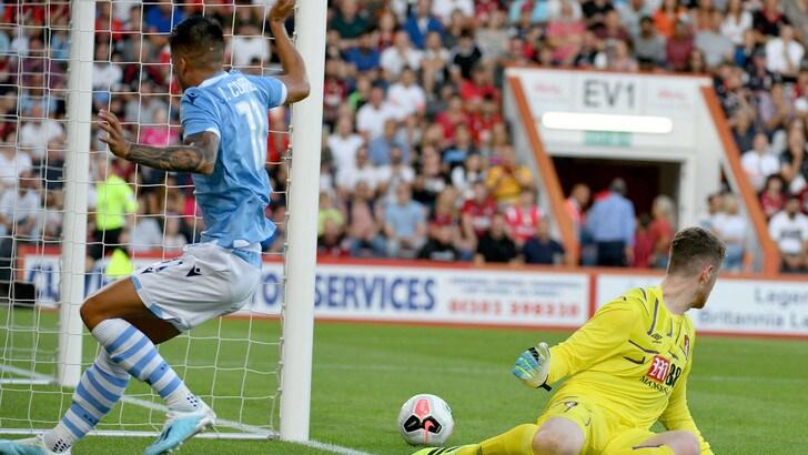 Correa trascina la Lazio, vittoria 4-3 a Bournemouth