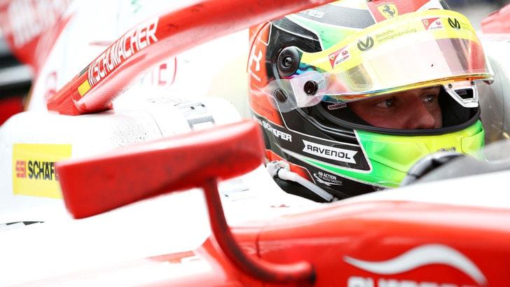 Mick Schumacher trionfa in Ungheria: prima vittoria in Formula 2