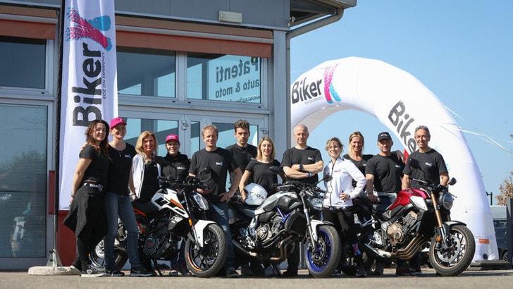 Festa Bikers porta le donne di BikerX al motoraduno