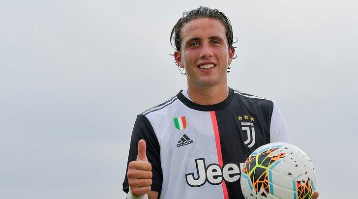 Juve, è fatta per Pellegrini al Cagliari: andrà in prestito
