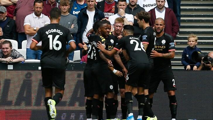 La Fifa salva il Manchester City: no al blocco del mercato