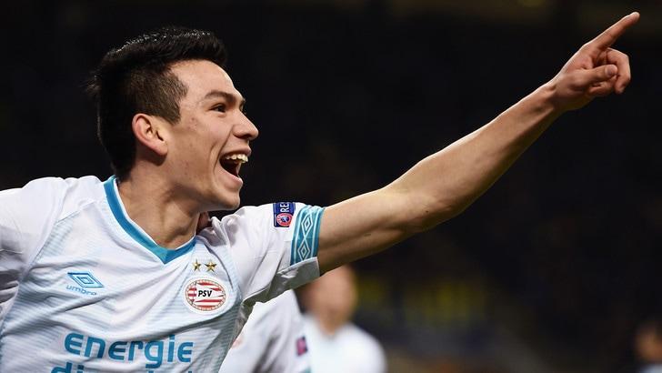 Napoli, Van Bommel su Lozano: