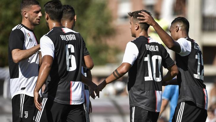 Juve A-Juve B finisce 3-1: stop al 51', doppio Dybala e Cuadrado