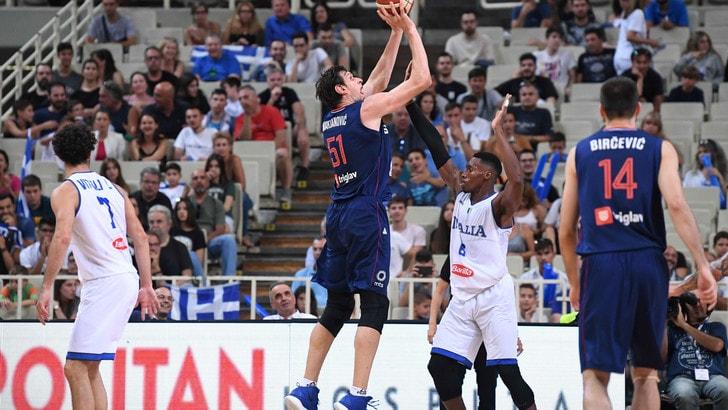 Basket, Italia travolta dalla Serbia: 96-64