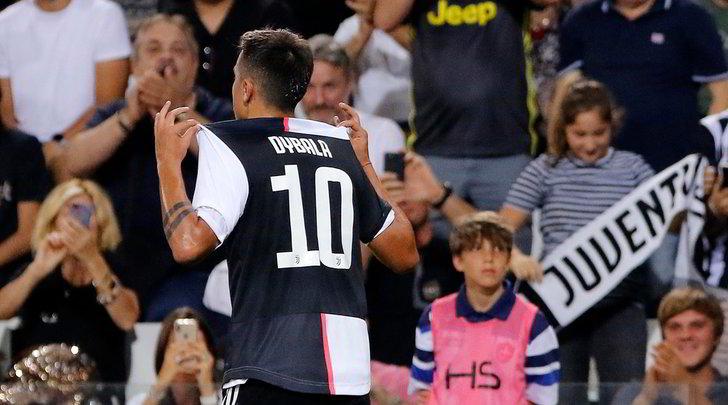 Juve, Dybala decide il match con la Triestina con un gol-capolavoro