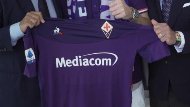 La firma di Ribery con la Fiorentina