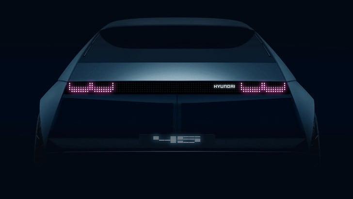 Hyundai 45 Concept, verso il futuro con l'elettrico vintage