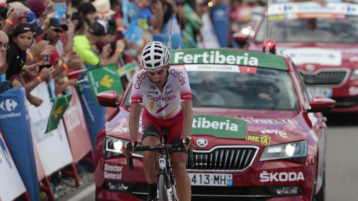 Vuelta, Herrada trionfa nella 6ª tappa. Teuns nuovo leader
