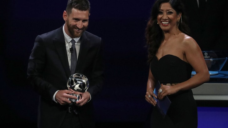 Leo Messi migliore attaccante in Emporio Armani