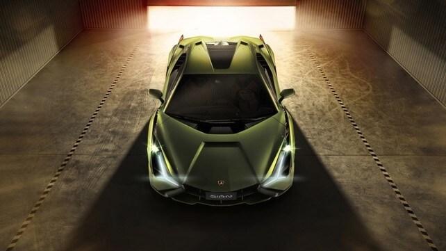 Lamborghini Sián, ecco la super ibrida: gli scatti