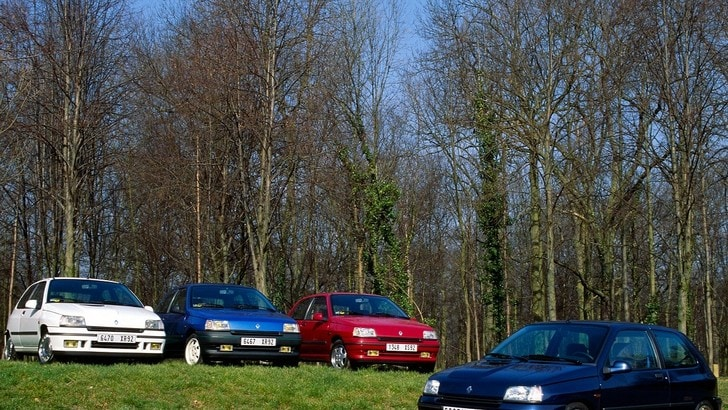 Renault Clio, storia della citycar più famosa: la prima serie