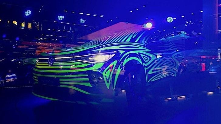 Volkswagen ID.4, la strada verso il suv compatto elettrico