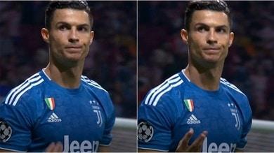 Juve, Cristiano Ronaldo sfiora il 3-2 al 94': il gesto ai tifosi dell'Atletico Madrid