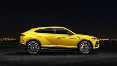 Lamborghini Urus, gli scatti