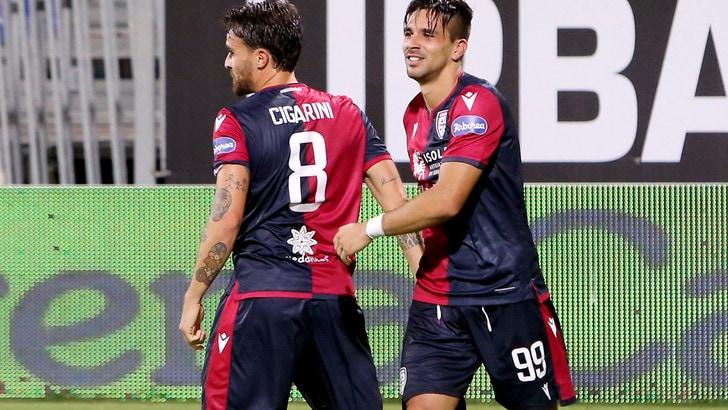 Simeone, autogol Zapata e Joao Pedro: tris Cagliari al Genoa