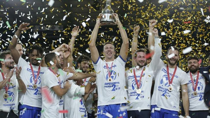 Sassari e Pozzecco si prendono la Supercoppa: Venezia ko