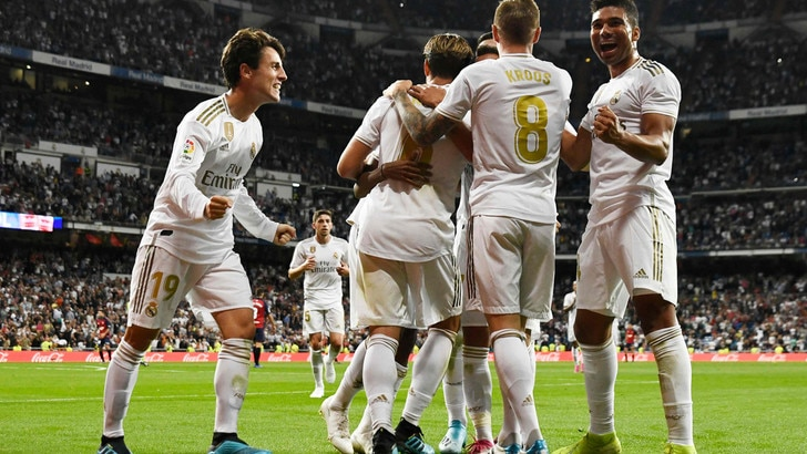 Liga, il Real Madrid in vetta. Morata espulso, ma l'Atletico vince