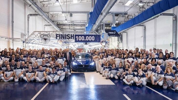 Maserati Ghibli, festa per la numero 100.000
