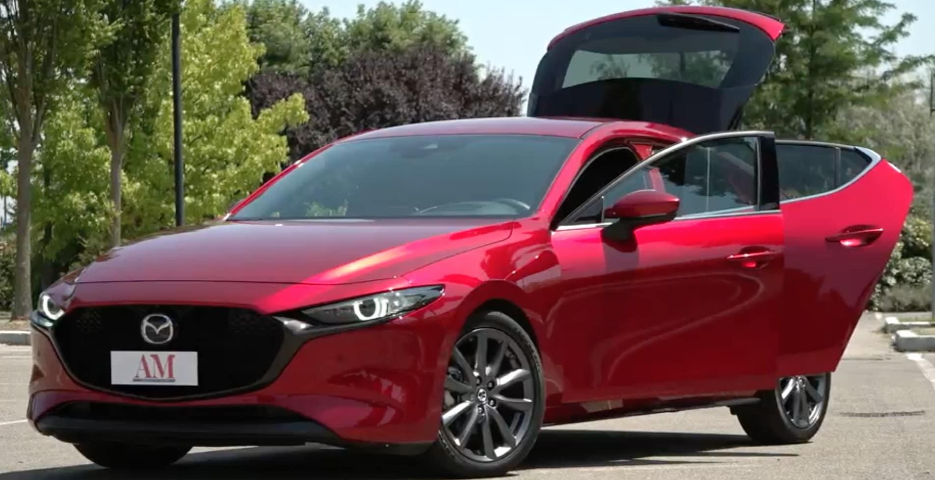 La prova su strada della nuova Mazda 3: il video