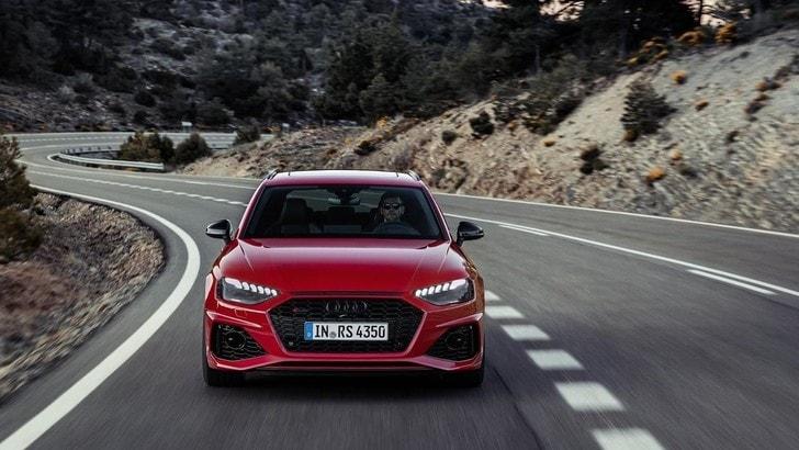 Audi RS4 Avant restyling, nuovi design e infotainment