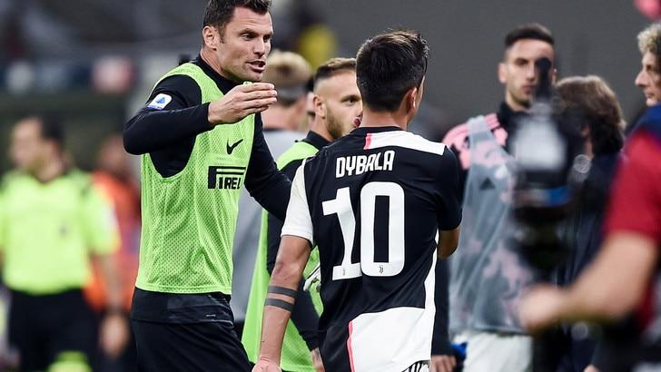 Inter-Juve, rissa in campo a fine primo tempo