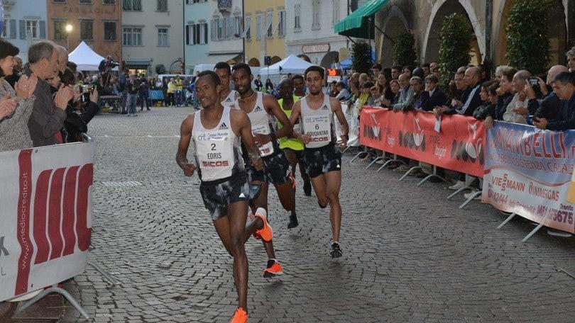 Telahun Haile si prende la rivincita al Giro al Sas