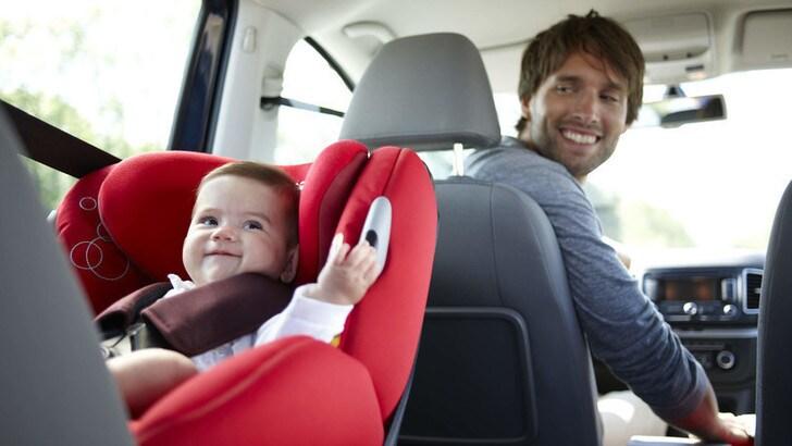 Dispositivi anti-abbandono in auto, scatta l'obbligo definitivo