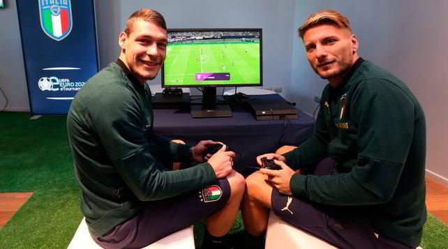 Italia, Immobile sfida Belotti alla PlayStation: chi vincerà?