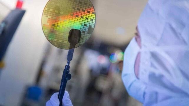 Bosch, in arrivo i super micro chip: gli scatti