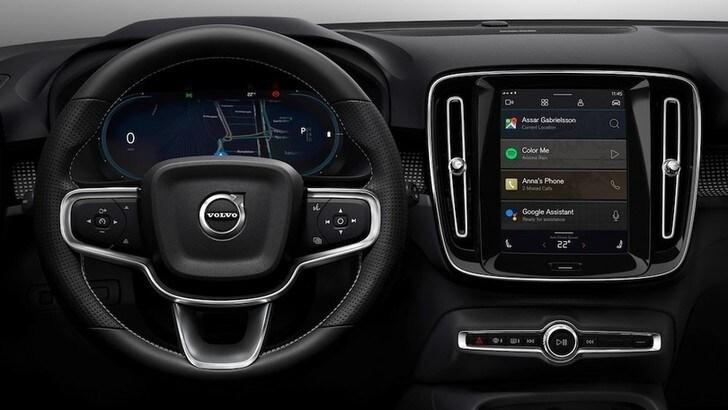 Volvo XC40 elettrica, infotainment con Android