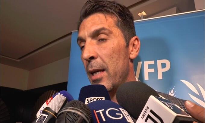 """Buffon su Sarri: """"Felici di imparare qualcosa di diverso"""""""