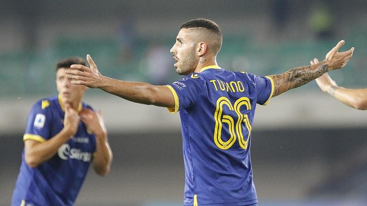 Verona, 4-0 all'Nk Bravo: doppietta per Tutino