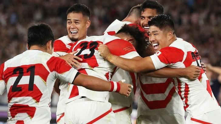 Mondiali rugby, il Giappone vola ai quarti ed elimina la Scozia
