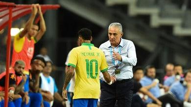 Infortunio per Neymar: stop di quattro settimane