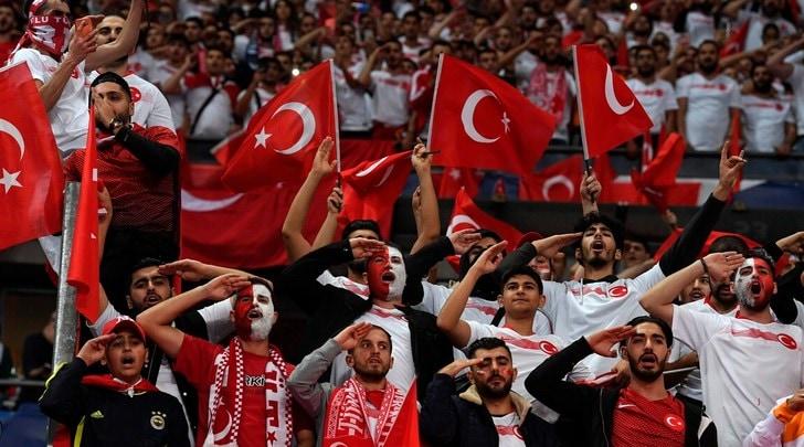 L'Uefa decida subito: niente Champions a Istanbul