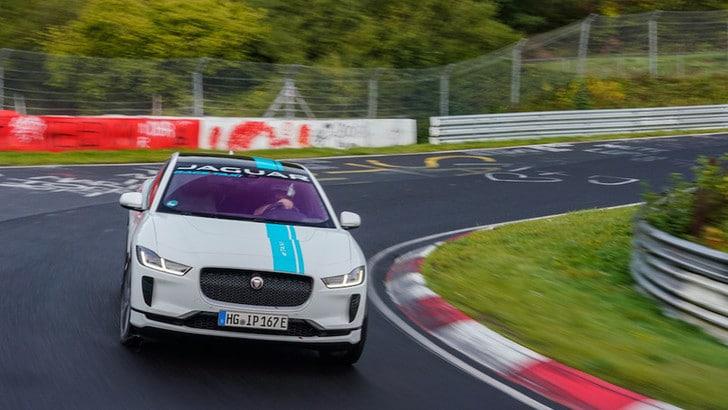 Jaguar I-Pace eTaxi, emozioni green al Nurburgring