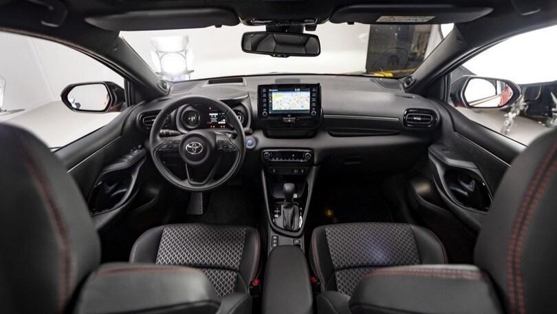 Nuova Toyota Yaris, generazione ibrida