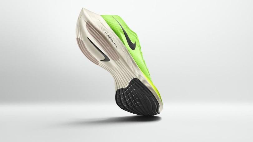 Scoppia il caso scarpe: nei record maratona c'è doping tecnologico?