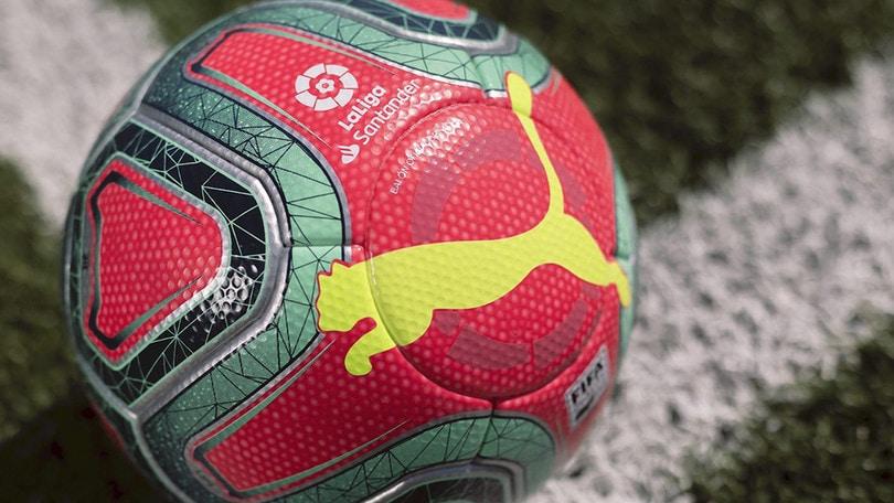 Fucsia, verde e giallo per il pallone della Liga spagnola