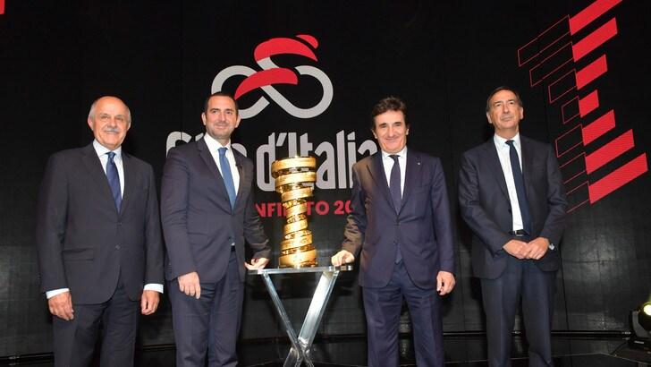 Il Giro d'Italia 2020 parte da Budapest. Arrivo a Milano per l'edizione numero 103