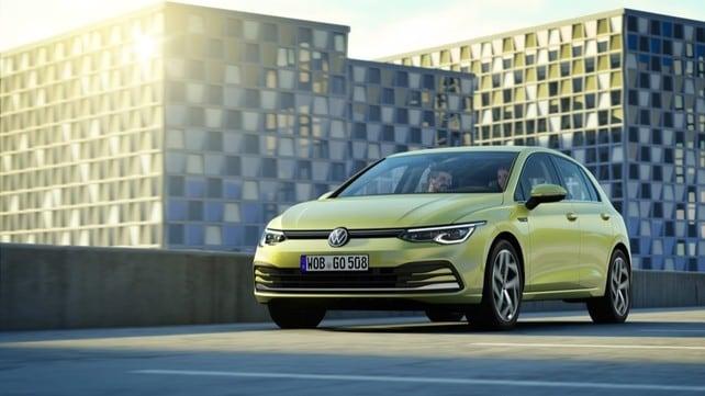 Nuova Volkswagen Golf: tutti gli scatti