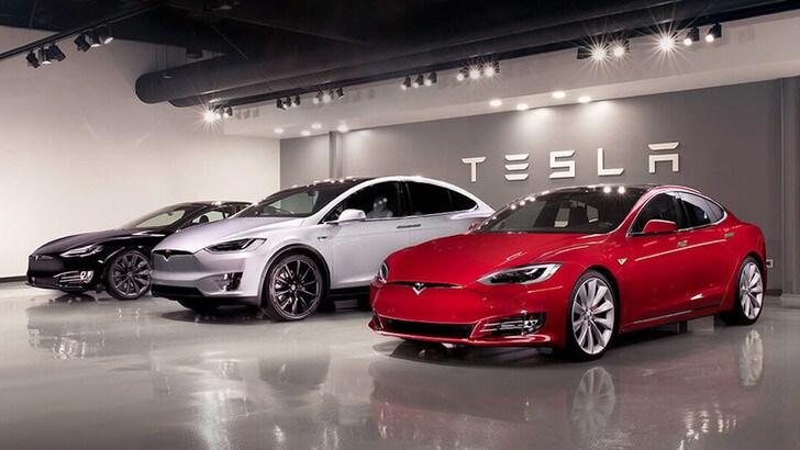 Tesla, terzo trimestre: il titolo vola in borsa, è record vendite