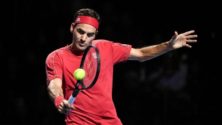 Federer vince per la decima volta a Basilea. Ko De Minaur