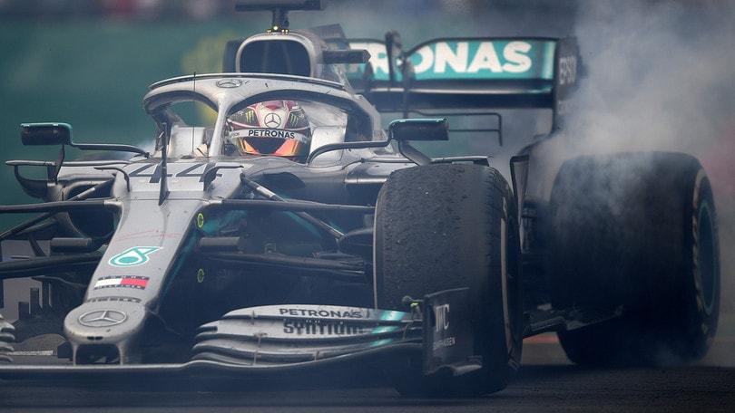 """Hamilton: """"Vettel ha provato a buttarmi fuori"""""""
