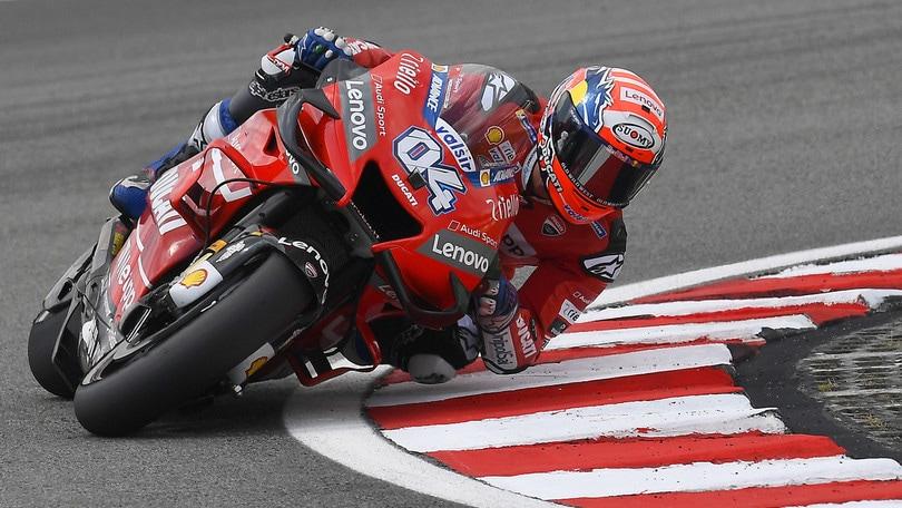 Gp Malesia, trionfo di Vinales: Marquez secondo, Rossi quarto