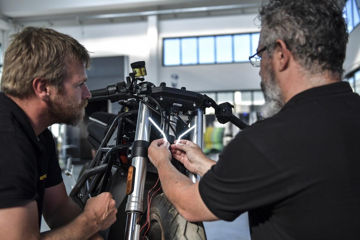 EICMA 2019, arriva il prototipo E-Racer per InMotoLab: gli scatti