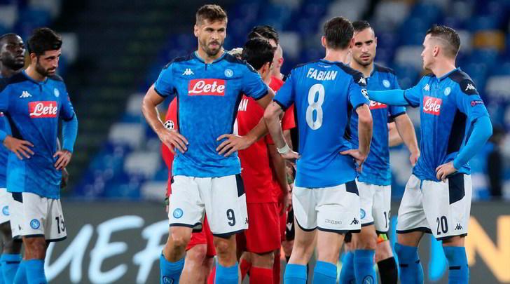 Ammutinamento Napoli, De Laurentiis valuta anche l'esonero di Ancelotti